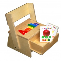 Step 'n Store Name Stool with books